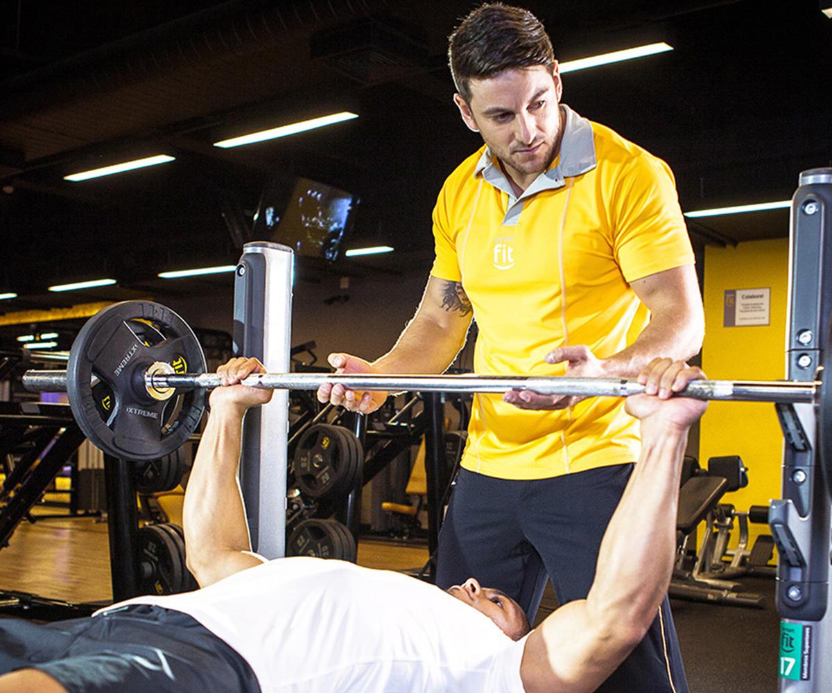 Adiós a los kilos de más: Necesitas un entrenador para adelgazar