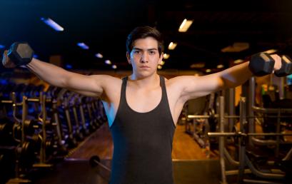 3 ejercicios para construir hombros de acero