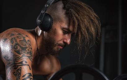 5 efectos que la música tiene en tu rutina en el gimnasio