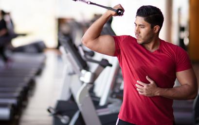 Ejercicio de bíceps para brazos impresionantes