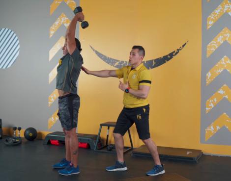 ejercicios de tríceps en casa copa 01
