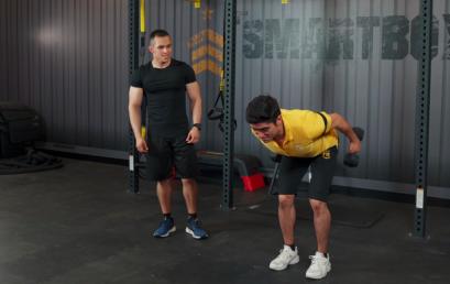 3 ejercicios de tríceps en casa para fortalecer el brazo